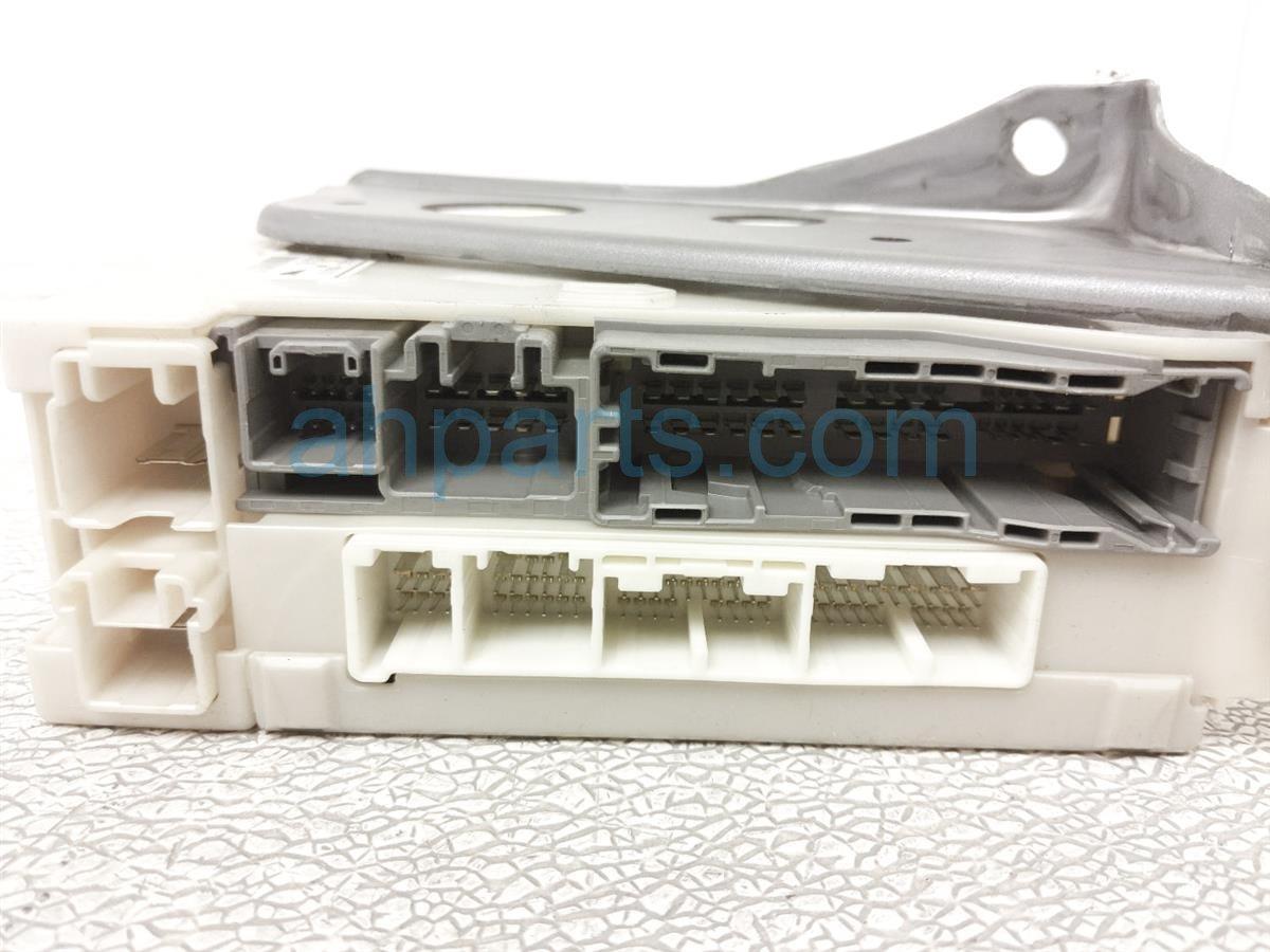 2006 Lexus Gs300 Driver Fuse Box 82730 30271 Replacement