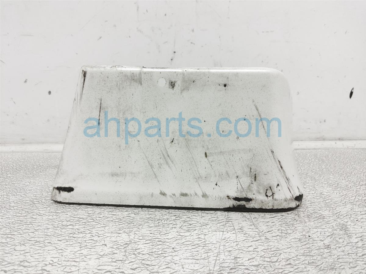 2010 Nissan 370z Front Passenger Mud Flap   Many Scratches 999J2 7V003 Replacement