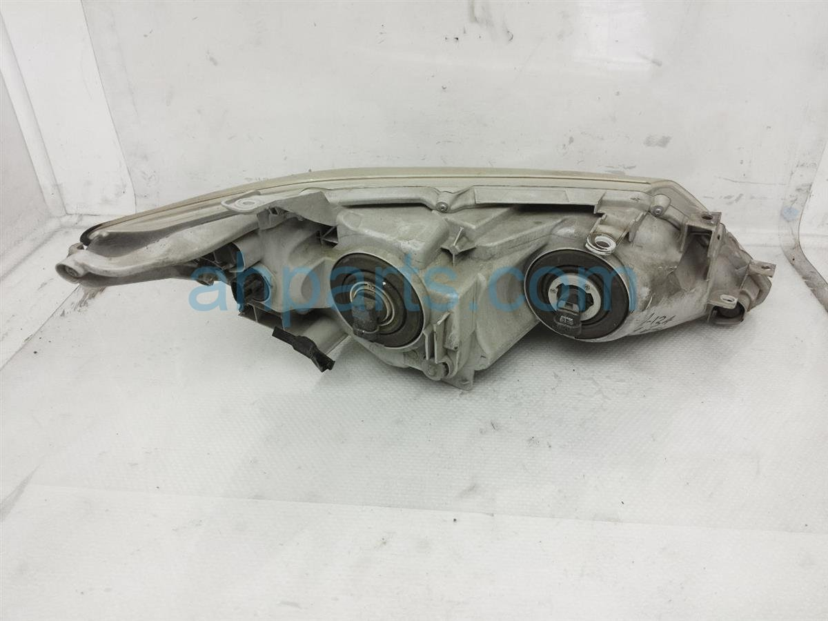 2013 Toyota Camry Driver Headlight / Lamp   Needs Polish 81150 06470 Replacement