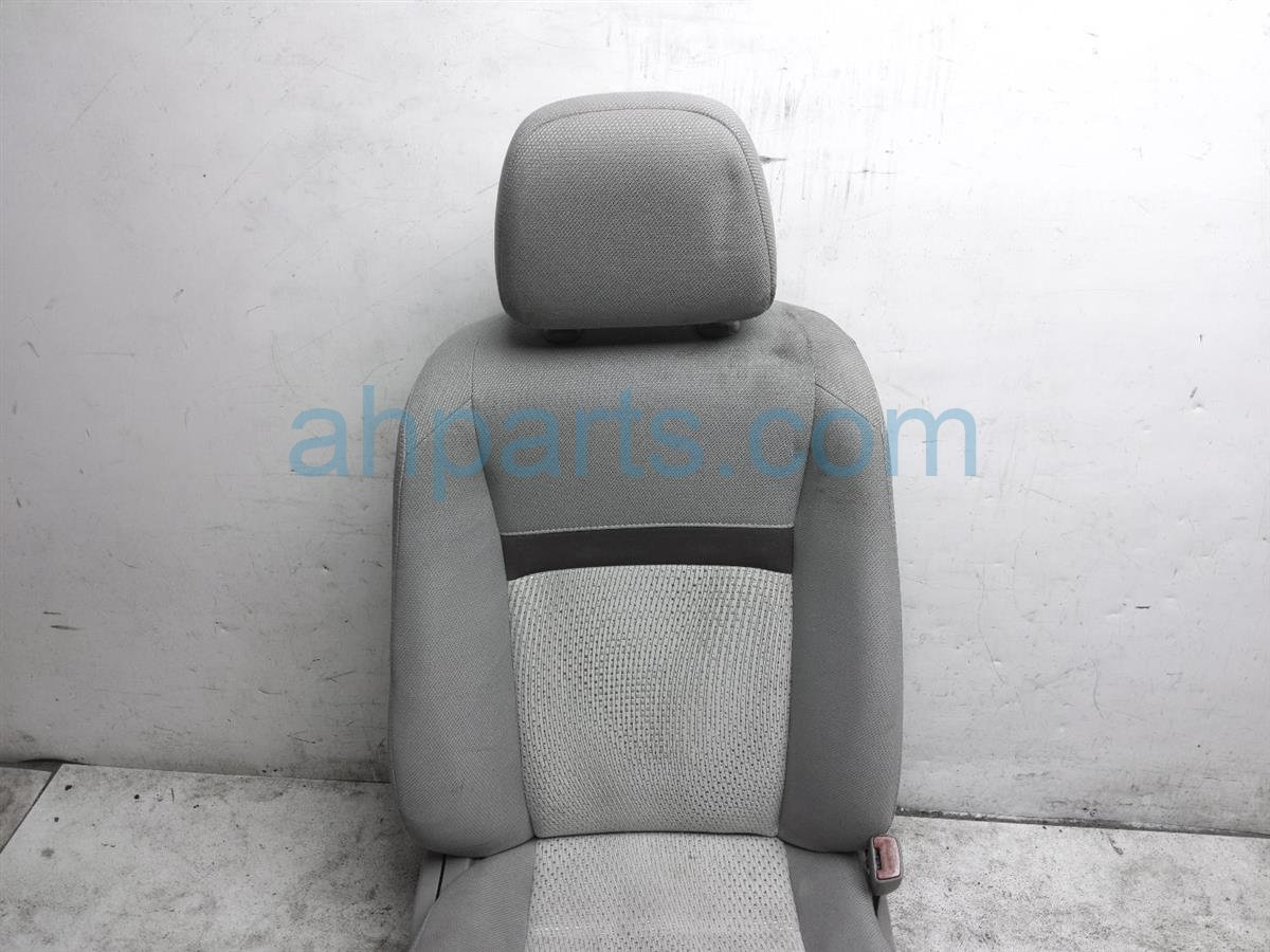 2013 Toyota Camry Front Passenger Seat   Grey   Cloth   71073 06F01 D3 Replacement