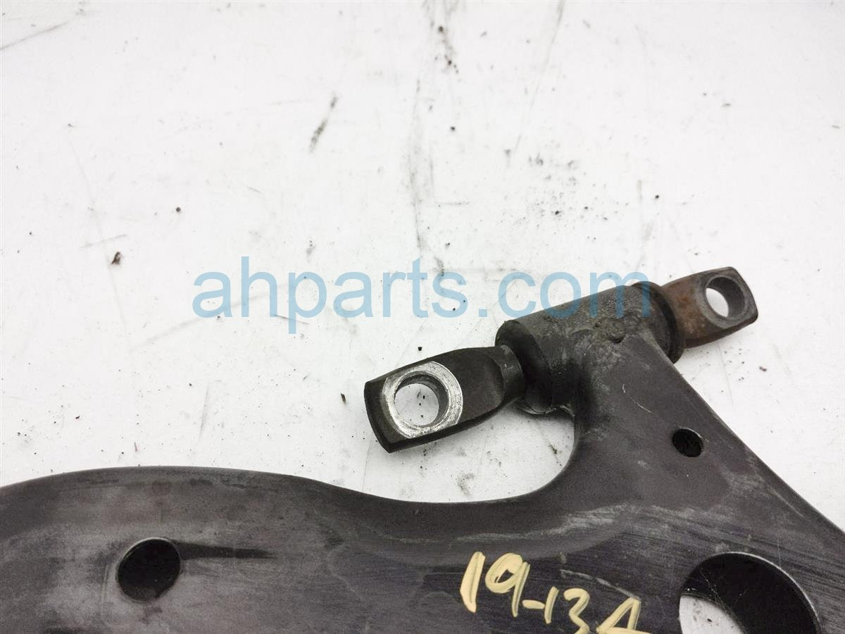 2013 Toyota Camry Front Passenger Lower Control Arm 48068 07050 Replacement
