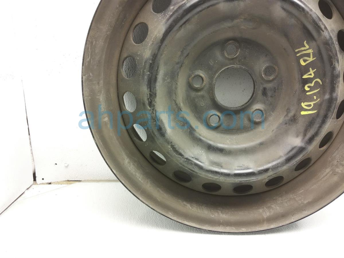 2013 Toyota Camry Rear Driver Wheel / Rim   Steel 42611 06720 Replacement