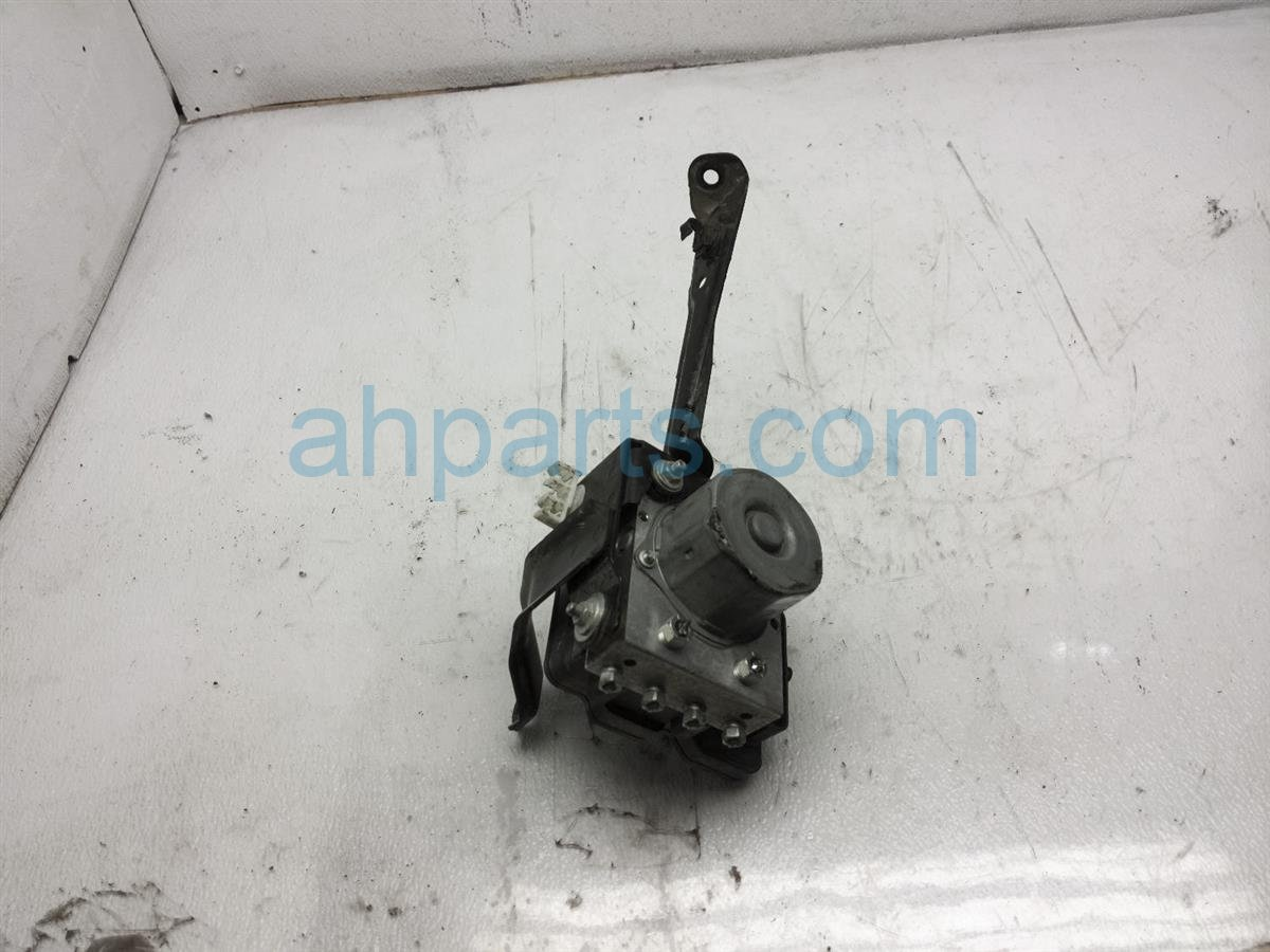 2017 Subaru Crosstrek (anti Lock Brake) Abs/vsa Pump/modulator   Check 27596FJ220 Replacement