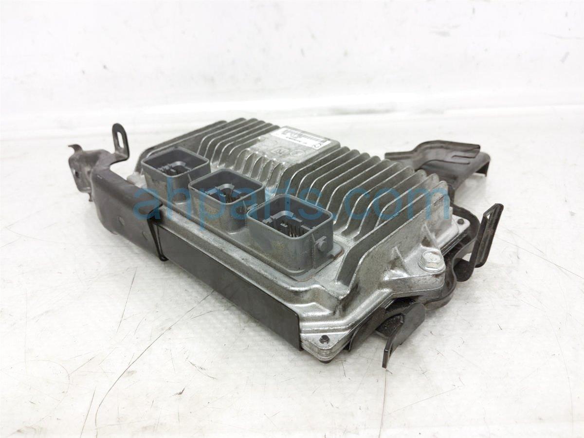 2015 Honda CR V Ecu / Computer Engine Control Module 37820 5LA A63 Replacement