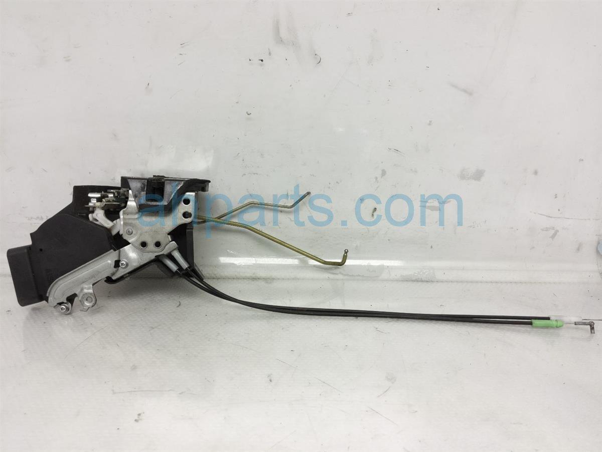 2007 Toyota Highlander Front Driver Door Lock Actuator Replacement