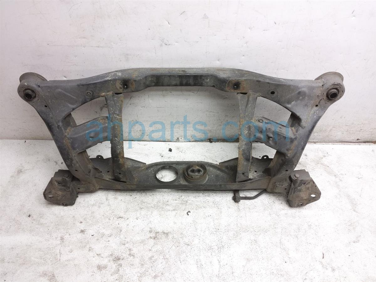 2007 Toyota Highlander Crossmember Rear Sub Frame / Cradle 51206 48050 Replacement
