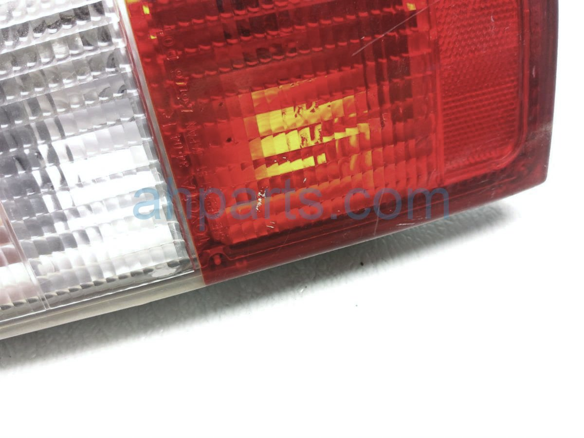 1998 Toyota T100 Rear Passenger Tail Lamp Light, Scratches 81550 34010 Replacement