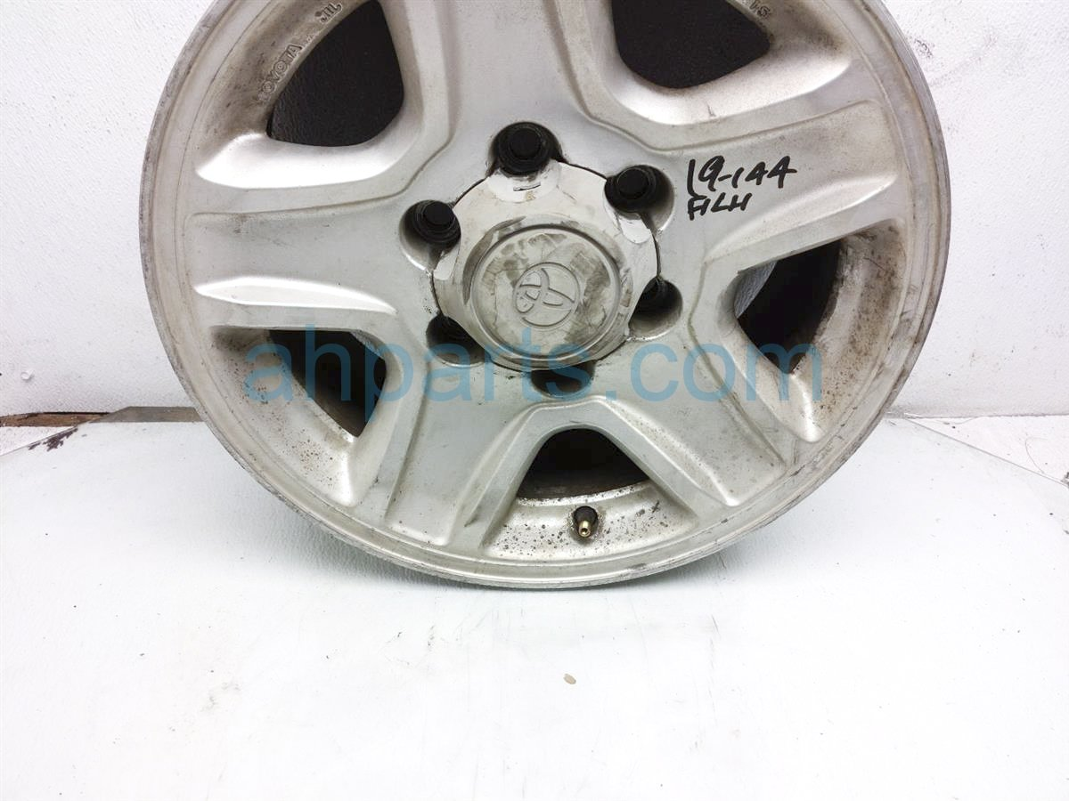 1998 Toyota T100 Front Driver Wheel/rim   16 Inch Some Fade 42611 60150 Replacement