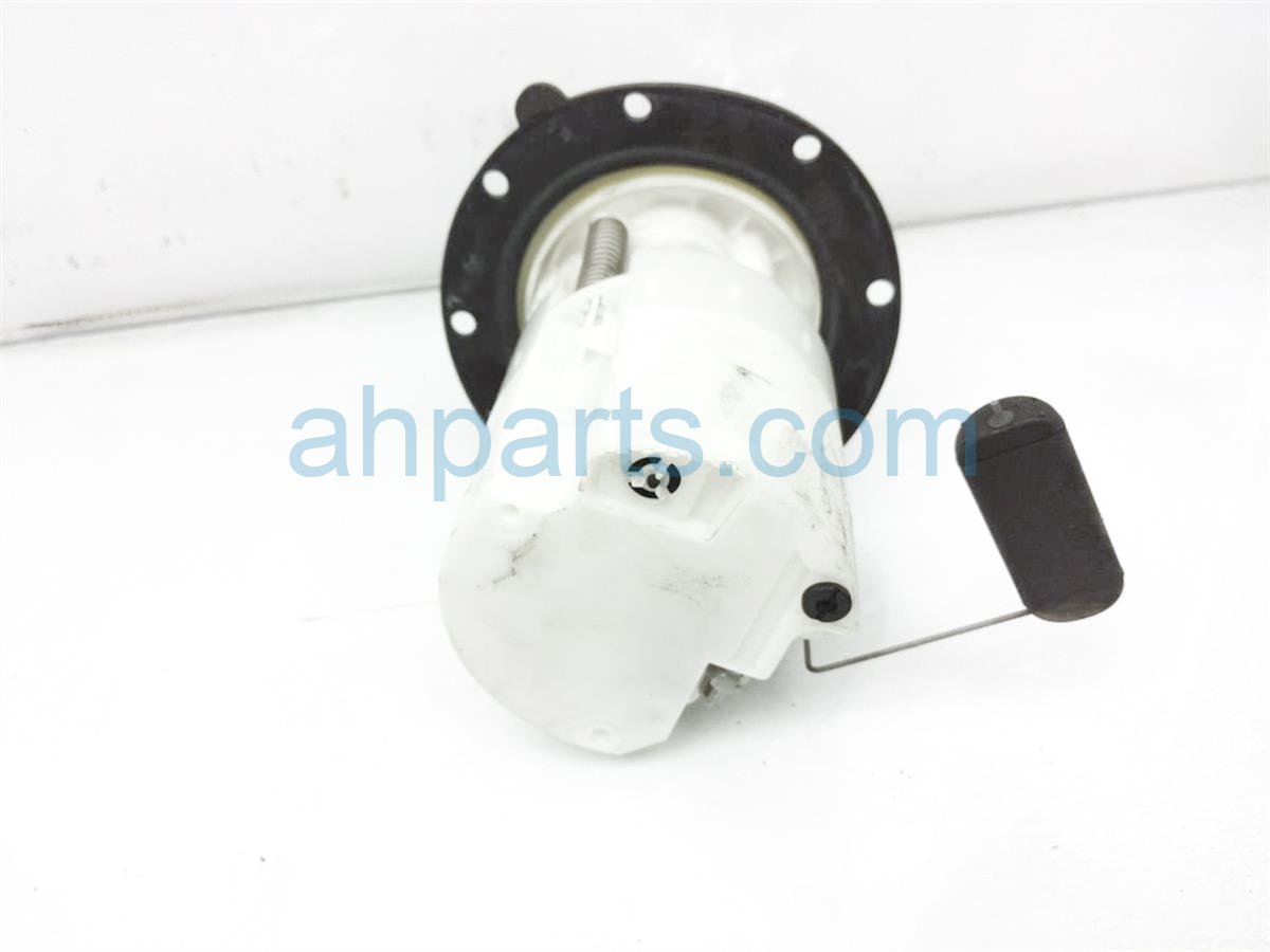 2014 Subaru Xv Crosstrek Gas / Fuel Pump   42021FJ000 Replacement