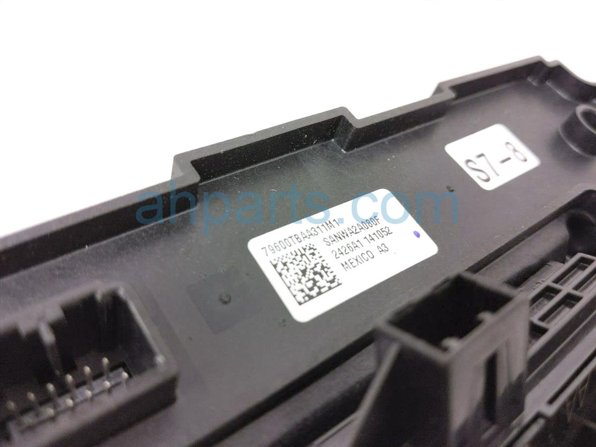 2016 Honda Civic Temperature Climate Heater/ac Control(on Dash)   79600 TBA A31 Replacement
