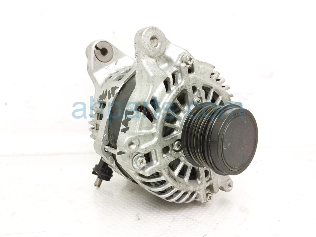 2017 Subaru Forester 2.0l Alternator / Generator   23700AB030 Replacement