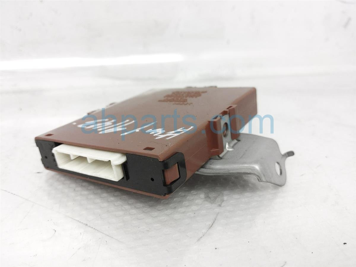Sold 2007 Toyota Highlander Network Gateway Computer 89111 48060 Replacement