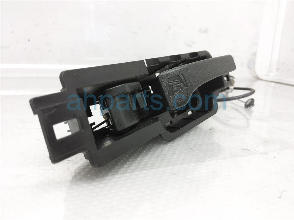 2015 Honda CR V Inside / Interior Door Handle Rear Passenger Seat Lever 82222 TP6 A01ZA Replacement