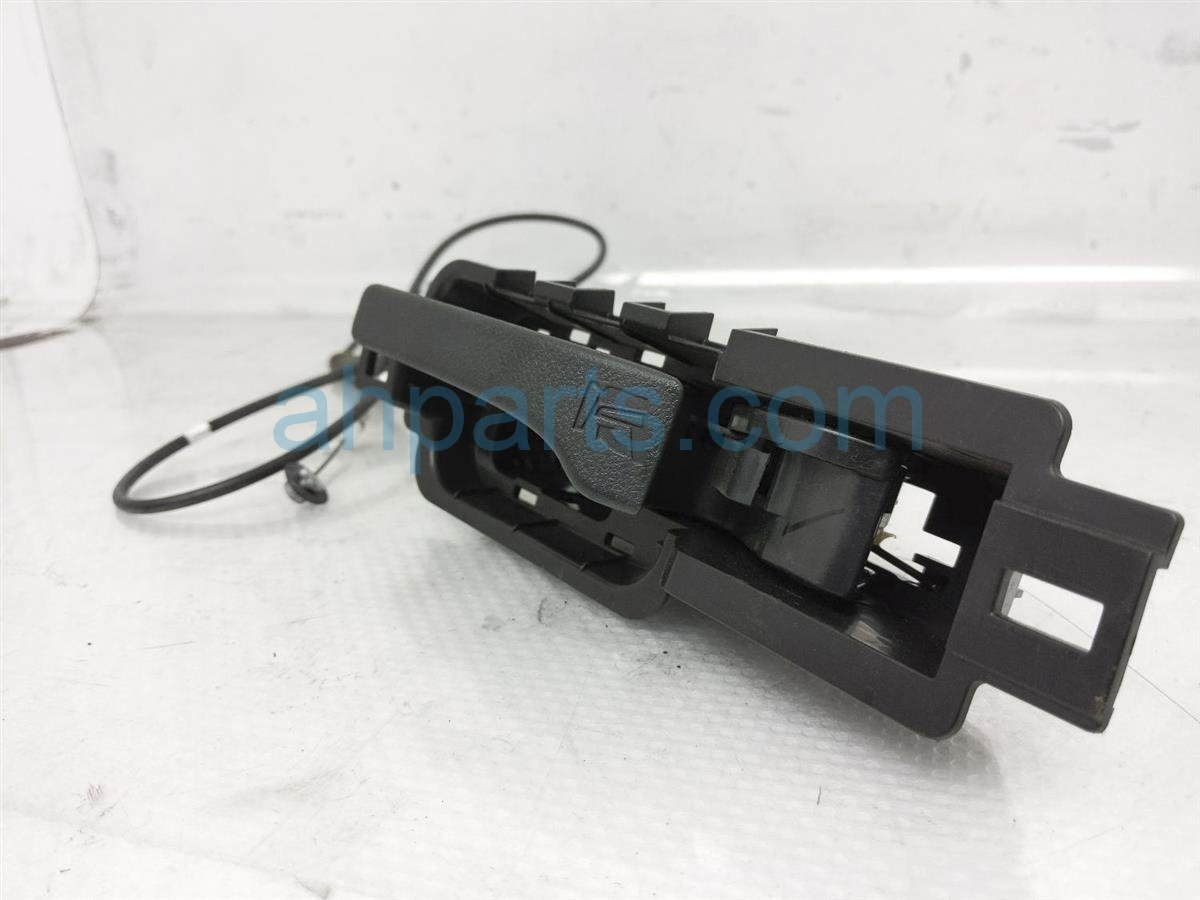 2015 Honda CR V Inside / Interior Door Handle Rear Driver Seat Lever 82622 TP6 A01ZC Replacement