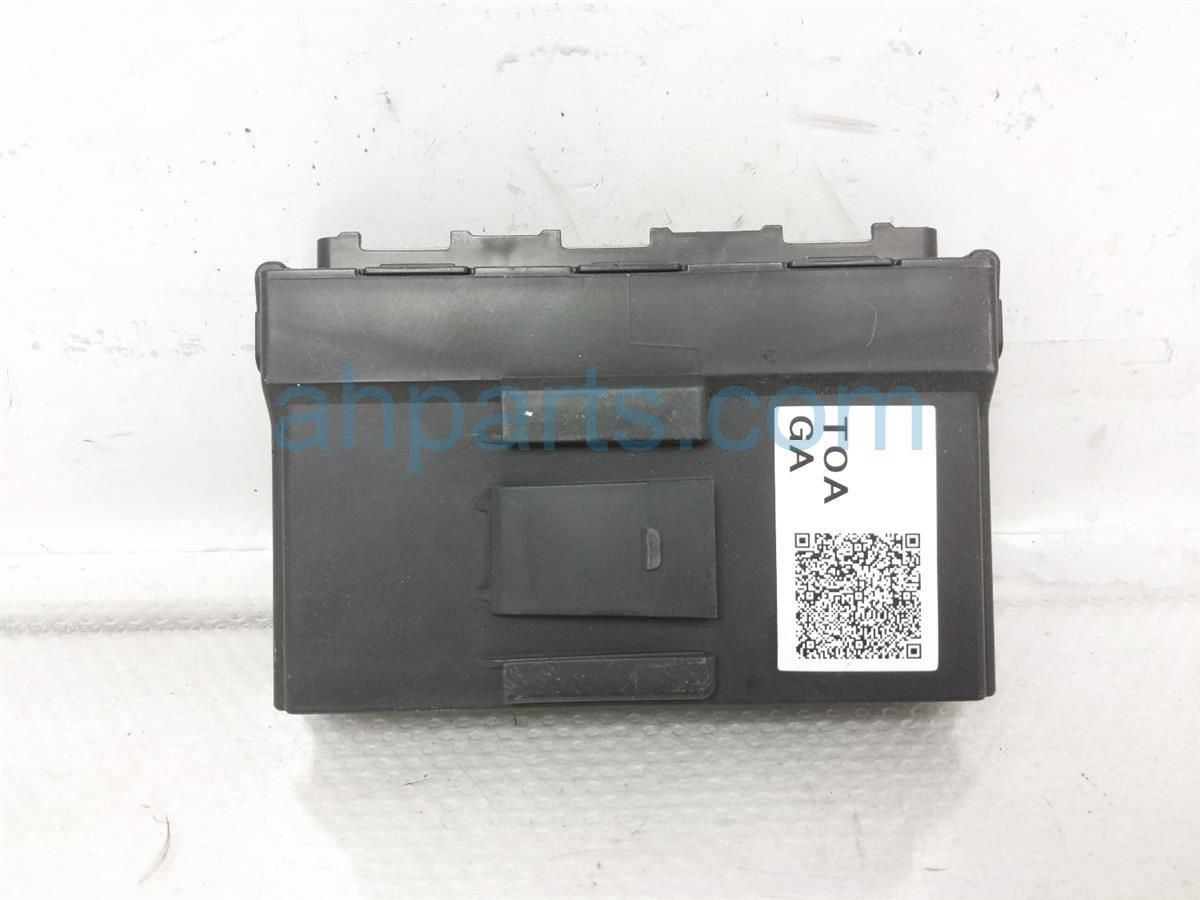 2015 Honda CR V Smart Power Control Unit Computer 38320 TOA A11 Replacement