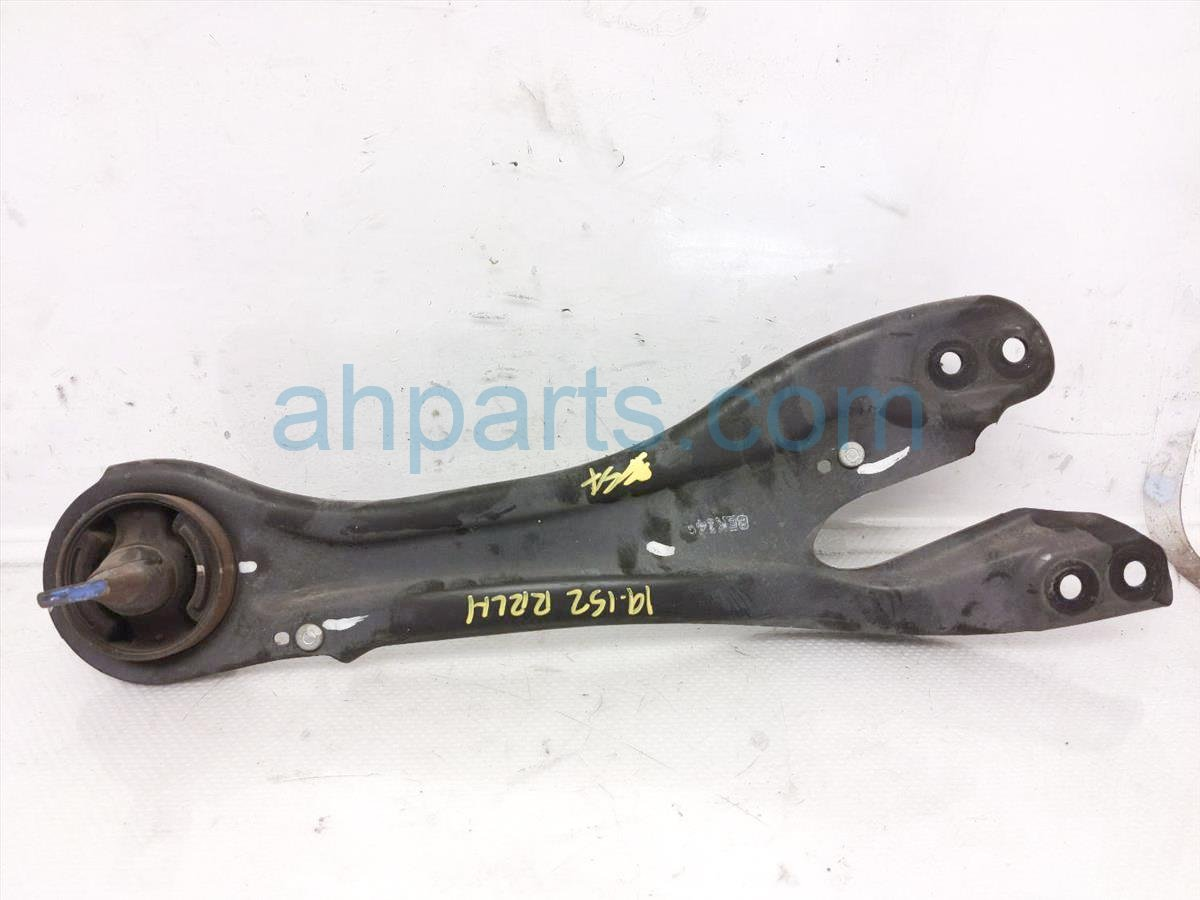 2015 Honda Odyssey Rear Lower Control Driver Trailing Arm 52372 TK8 A00 Replacement