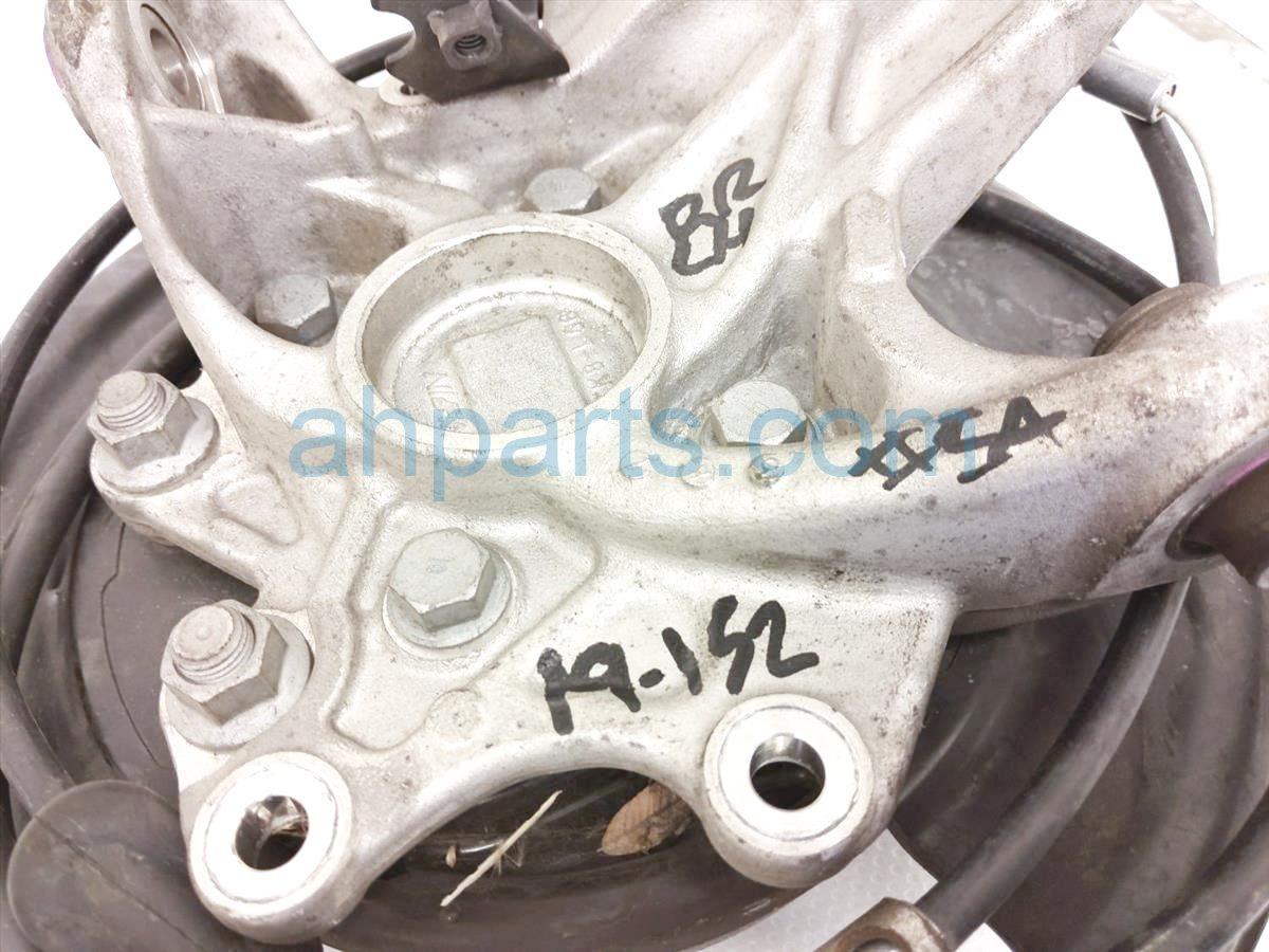 2015 Honda Odyssey Axle Stub Rear Driver Spindle Knuckle   52215 TK8 A01 Replacement