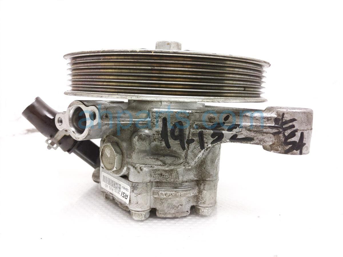 2015 Honda Odyssey Power Steering Pump   56100 RV0 A0 Replacement
