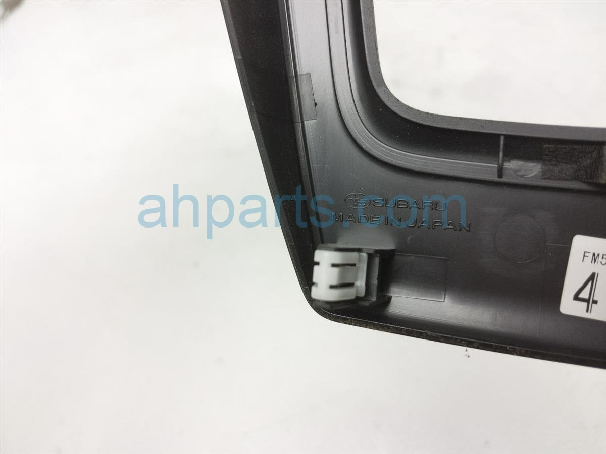 2017 Subaru Forester Shifter Cover Bezel 92122SG010 Replacement