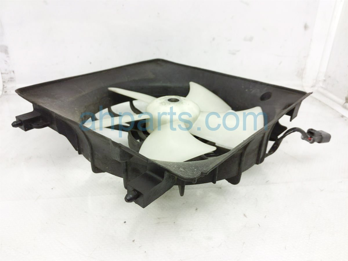 2005 Acura RSX Cooling Radiator Fan Assembly   19020 PND 003 Replacement