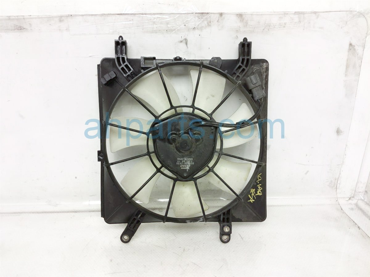 2005 Acura RSX Cooling Ac Condenser Fan Assembly   38611 PNA 003 Replacement