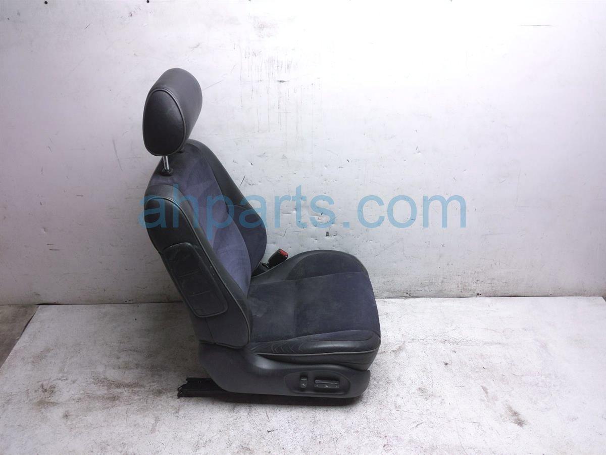2003 Lexus Is300 Front Passenger Seat   Black Cloth Wear 71430 53230 A0 Replacement