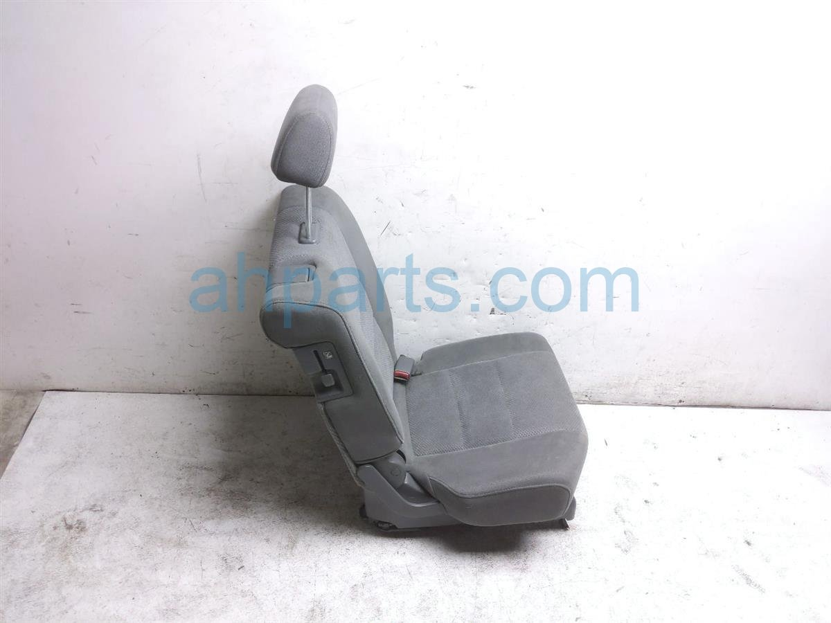 2007 Honda Pilot Rear / Back (2nd Row) 2nd Row Passenger Seat   Gray Cloth 81321 S9V A23ZB Replacement