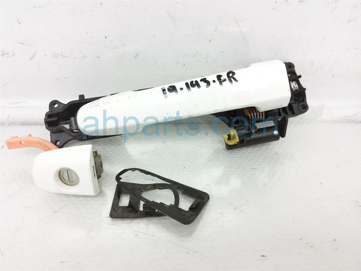 2007 Toyota Highlander Outside/exterior Front Passenger Door Handle   White Replacement