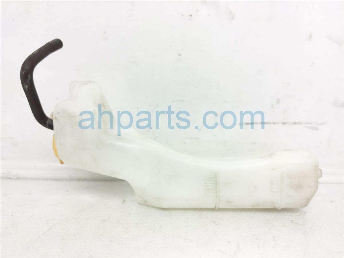 2017 Subaru Forester Radiator Coolant Reservoir Tank 45150SG001 Replacement
