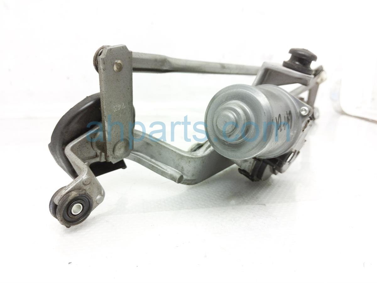 2017 Subaru Forester Front Arms Windshield Wiper Motor Assy 86510SG011 Replacement