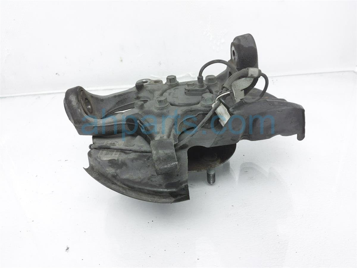 2012 Mazda Miata Front Driver Knuckle Spindle Hub NH42 33 030 Replacement