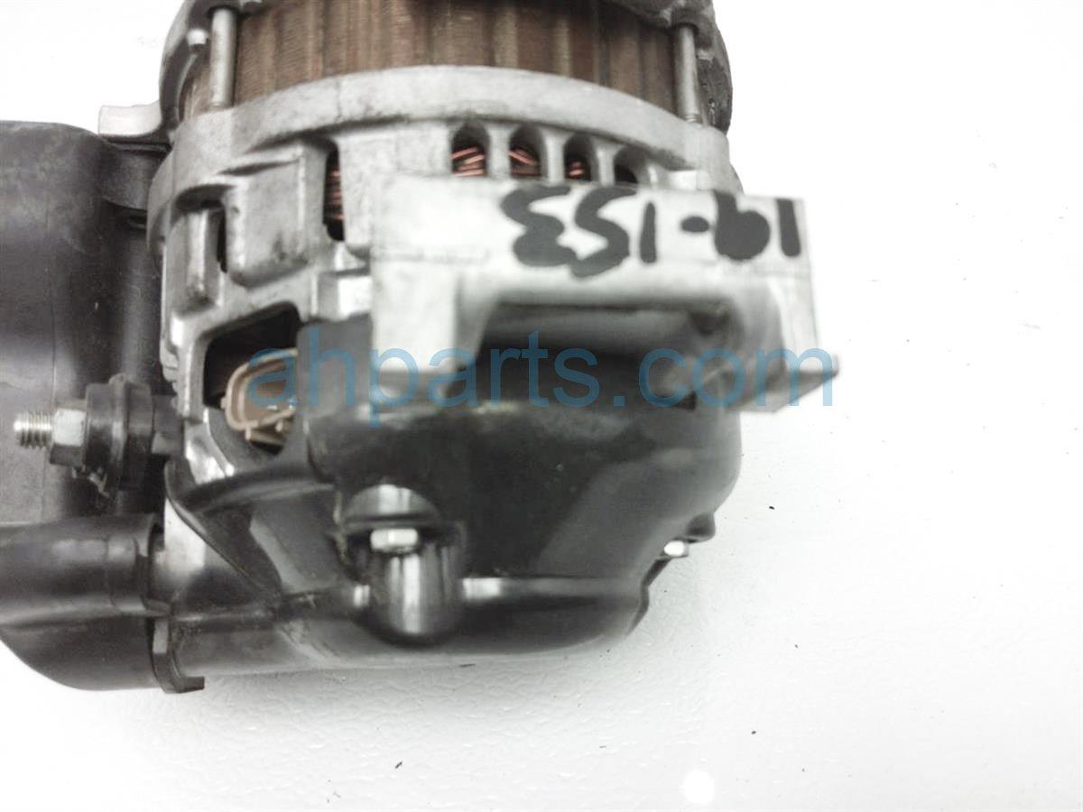 2012 Mazda Miata Alternator LF9H 18 300R 0A Replacement