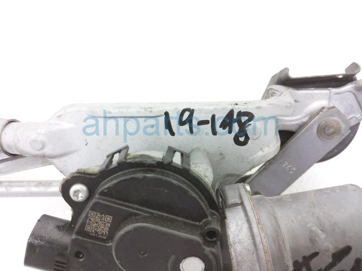 2015 Subaru WRX Windshield Front Wiper Motor W/ Arms 86513FJ010 Replacement