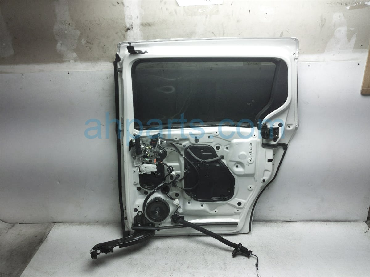 2018 Honda Odyssey Rear Passenger Sliding Door  White   No Panel 67510 THR A00ZZ Replacement