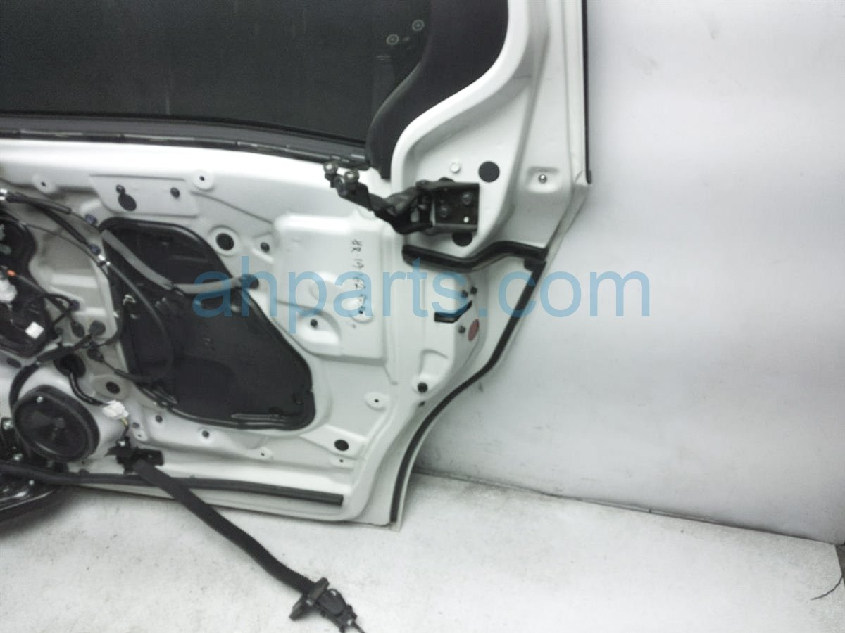 2018 Honda Odyssey Rear Passenger Sliding Door  White   No Panel 67510 THR A00ZZ Replacement