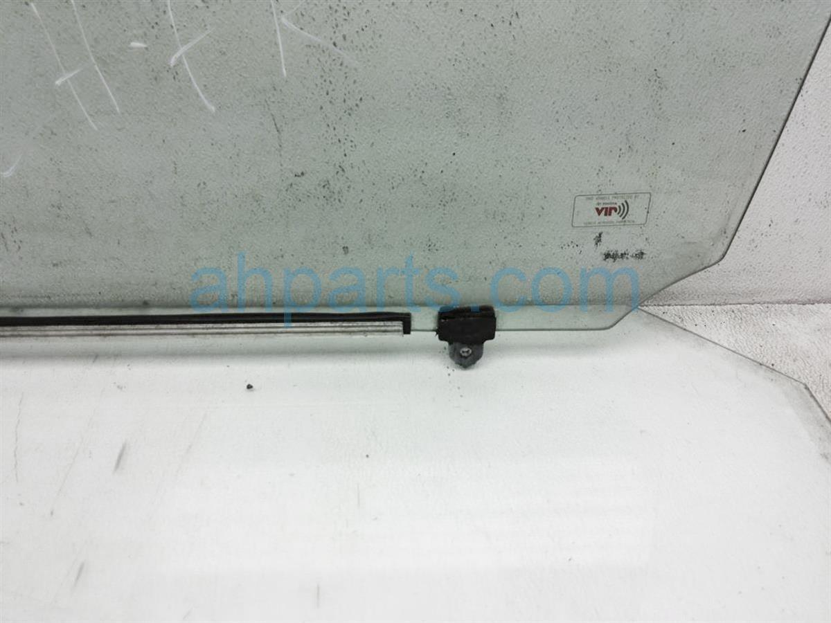 2008 Toyota 4 Runner Front Driver Door Window Glass 68102 35240 Replacement