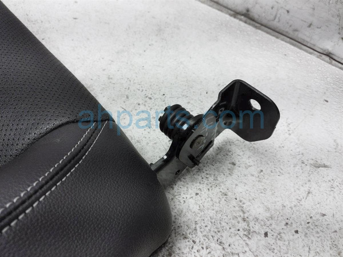 2018 Ford Mustang Back (2nd Row) Rear Passenger Seat Upper Portion Black Lthr FR3Z 6366600 CM Replacement