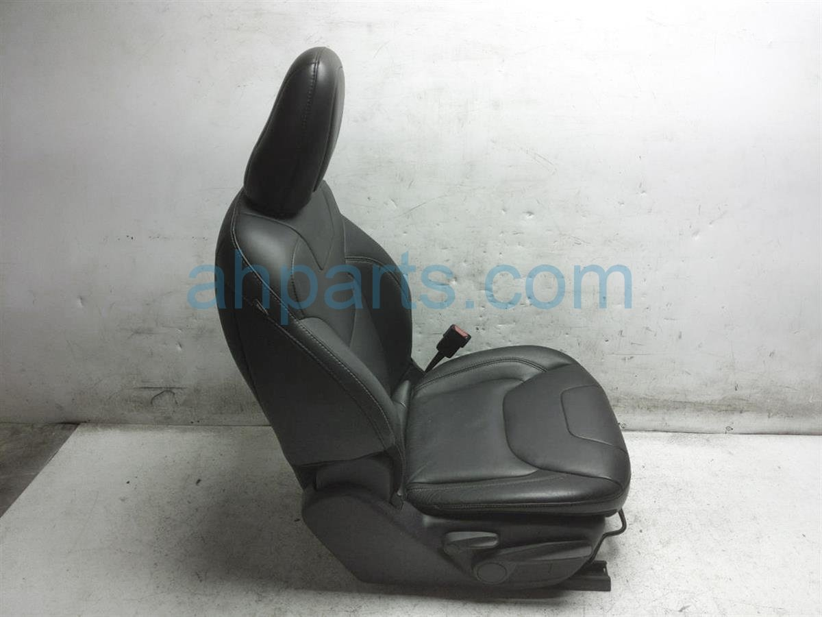 2016 Jeep Cherokee Front Passenger Seat Black 6EJ54DX9AB Replacement