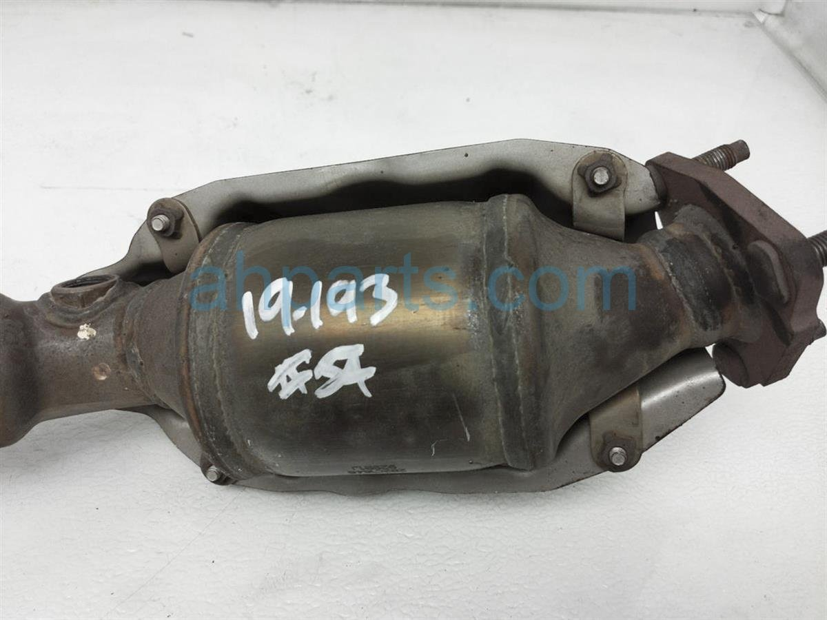 2013 Honda FIT Exhaust Catalytic Converter Pipe 18160 RB1 J00 Replacement