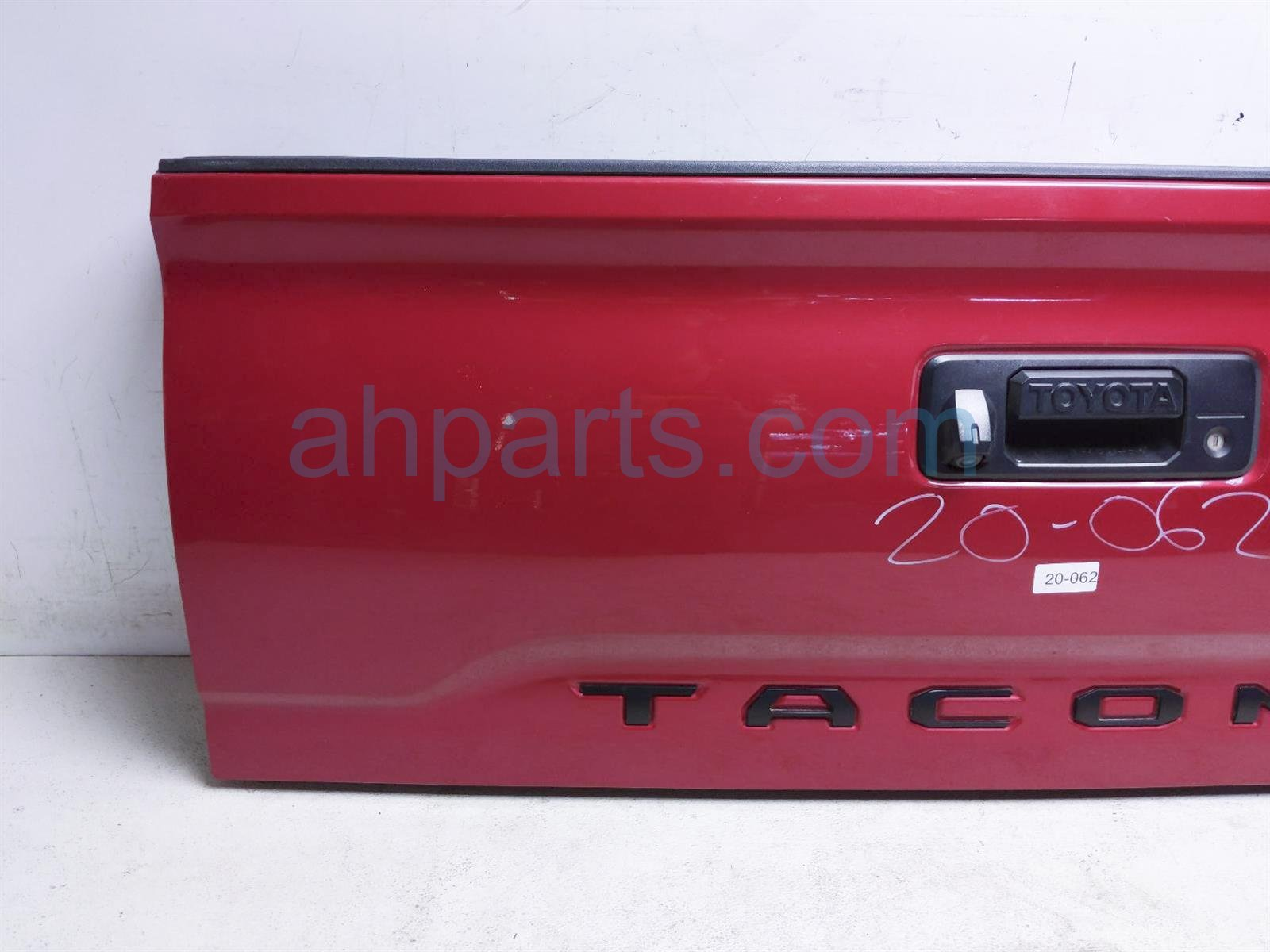 2017 Toyota Tacoma Trunk / Decklid   Red 65701 04030 Replacement