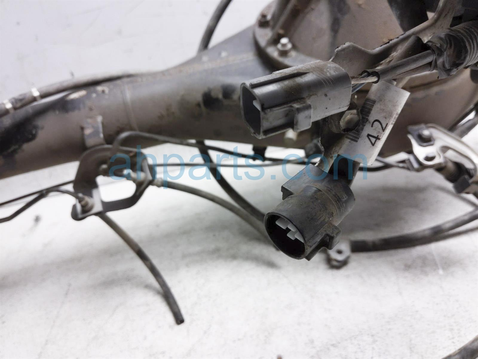 2017 Toyota Tacoma Rear Axle Diffential Assy 4x4 Lockng 41303 0K010 Replacement