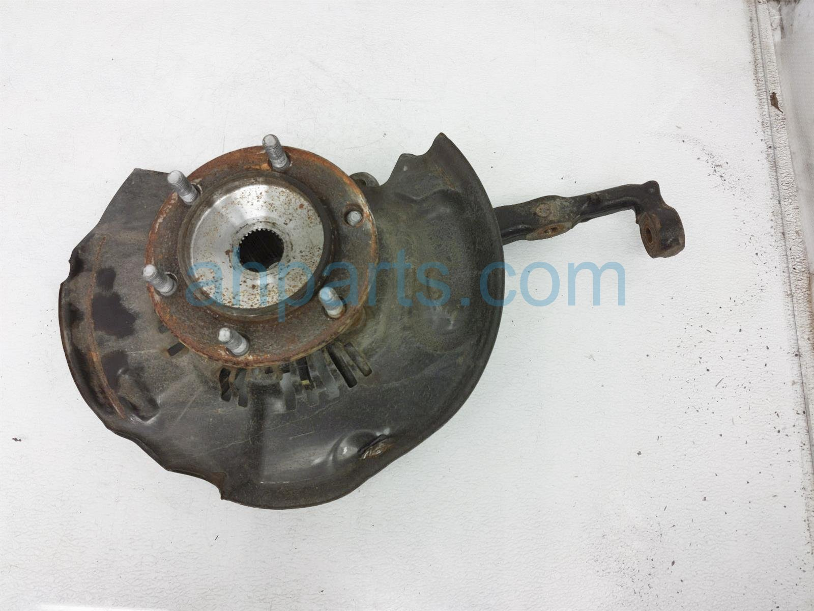2017 Toyota Tacoma Front Passenger Spindle Knuckle Hub 43211 04060 Replacement