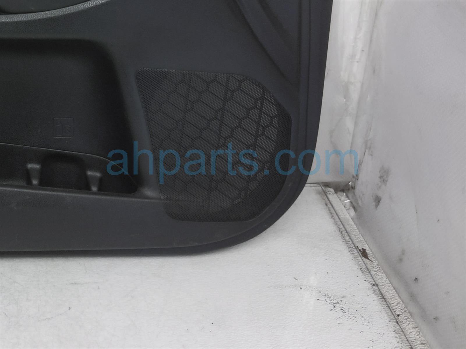 2014 Toyota Highlander Trim / Liner Front Driver Interior Door Panel   Black   67620 0E541 C2 Replacement