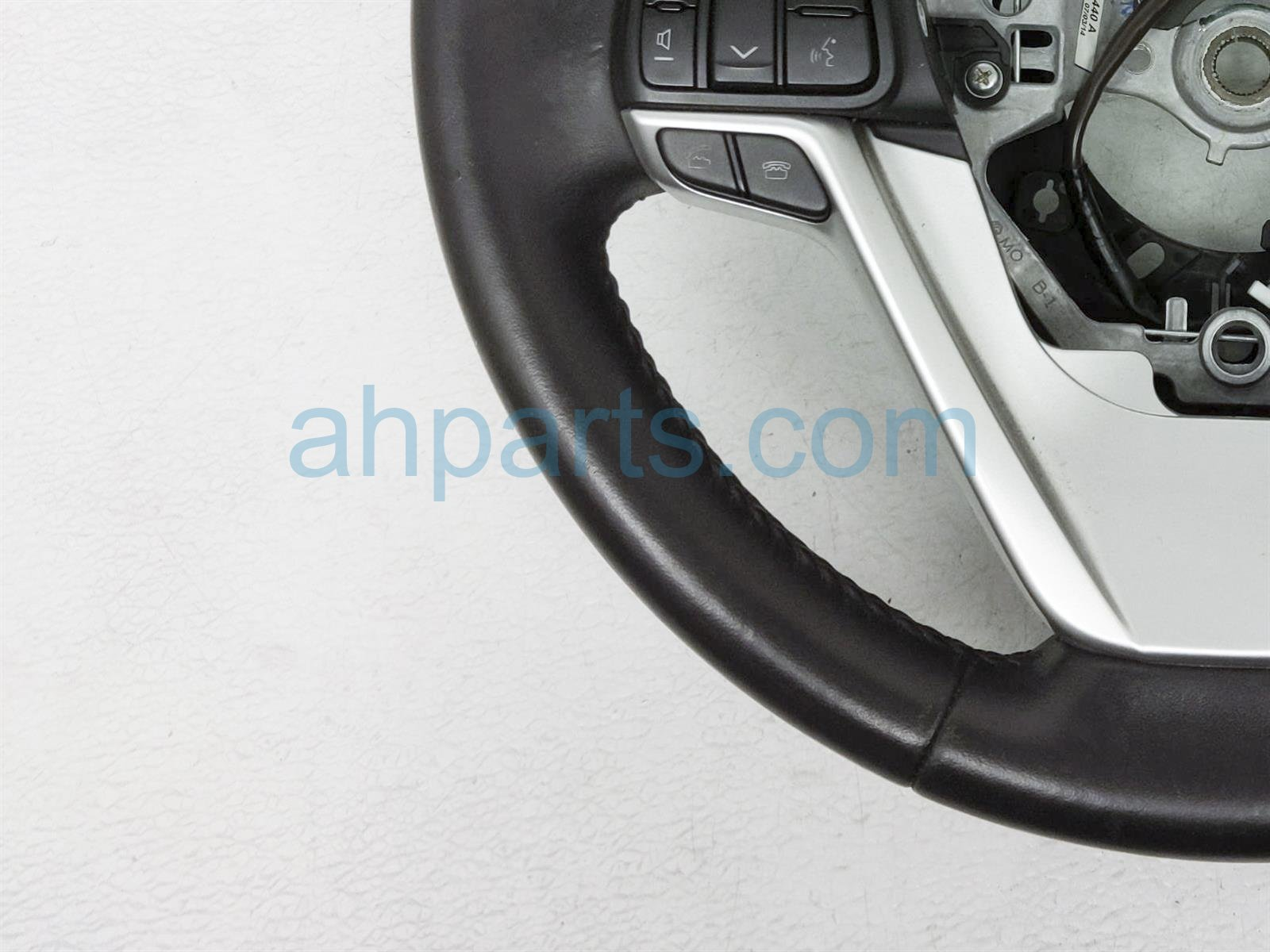 2014 Toyota Highlander Steering Wheel   Black Leather 45100 0E361 C0 Replacement