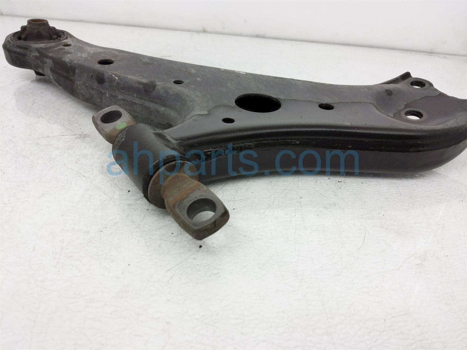 2014 Toyota Highlander Front Passenger Lower Control Arm 48068 0E050 Replacement