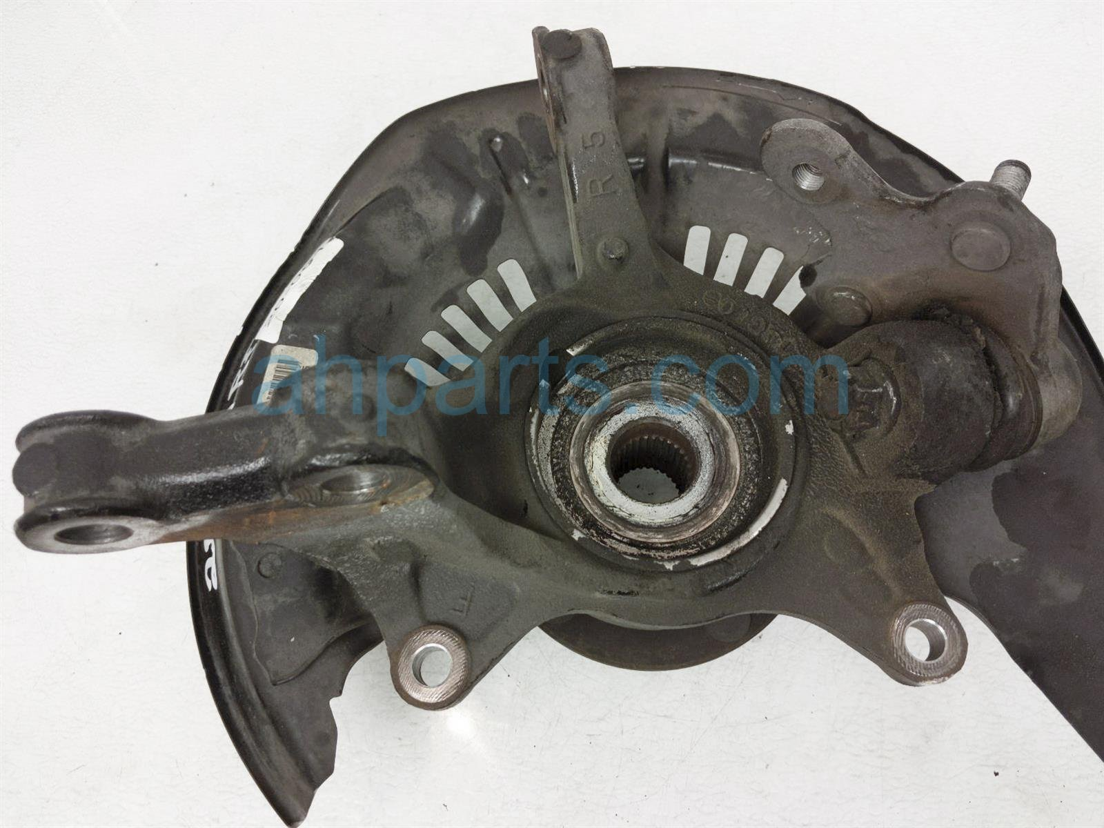 2014 Toyota Highlander Front Passenger Spindle Knuckle Hub 43211 0E010 Replacement