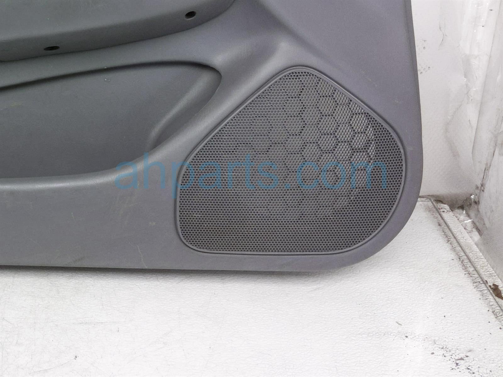 2001 Toyota Camry Trim / Liner Front Driver Interior Door Panel   Grey*** 67620 AA340 Replacement