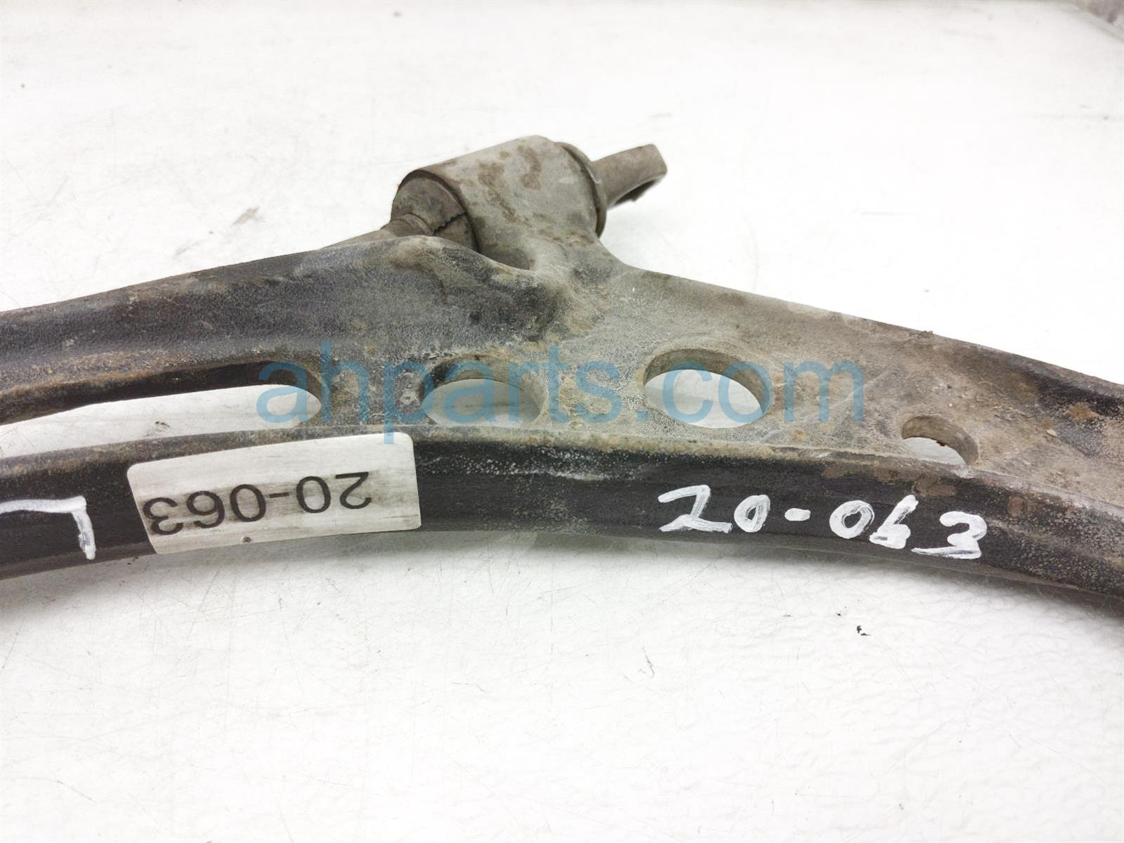 2001 Toyota Camry Front Driver Lower Control Arm 48069 33031 Replacement