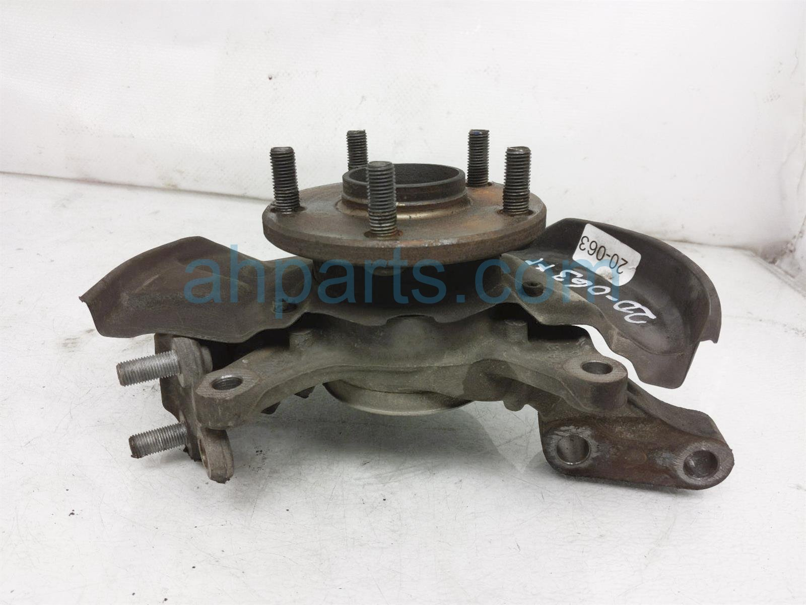 2001 Toyota Camry Front Passenger Spindle Knuckle Hub   2.2l At 43211 33060 Replacement