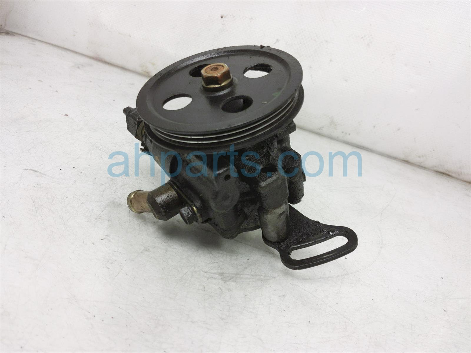 2001 Toyota Camry Power Steering Pump 44320 06030 Replacement